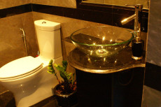 038-guest_bathroom_2